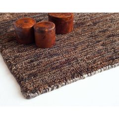 Nani Marquina Noche Rug Marron Hand Knotted Detail