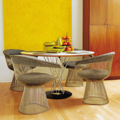 Noguchi Cyclone Dining Table in Room with Platner Chairs