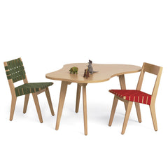 Knoll Childrens Risom Amoeba Table and Chairs