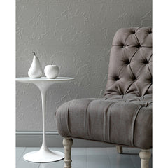 Saarinen Side Table with Leather Chair in Grey Room Knoll