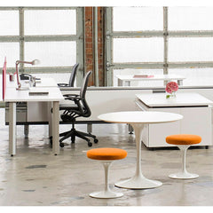 Tulip Stools with Saarinen Table in Open Plan Office Knoll