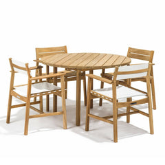 Skargaarden Djuro Teak Round Outdoor Dining Table with Djuro Dining Chairs