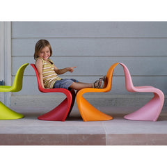Verner Panton Panton Junior Multiple Colors Kid Sitting Vitra