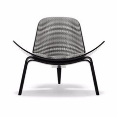 Wegner Shell Chair Black White Carl Hansen and Son