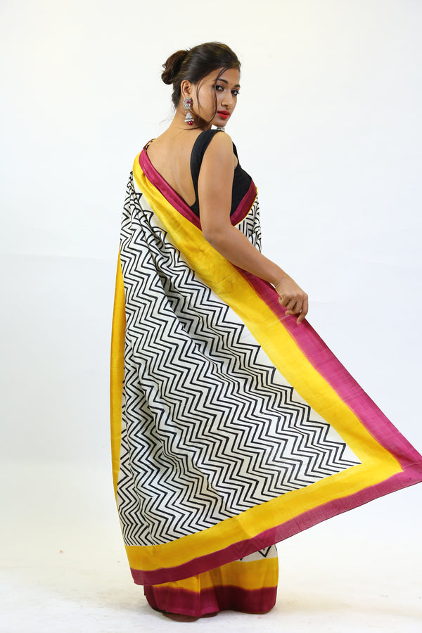 Zig-Zag Pattern Pure Silk Saree
