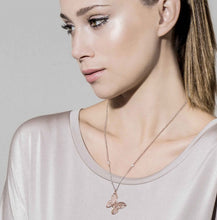 Load image into Gallery viewer, PRIMAVERA NECKLACE 147405/019 SILVER & LARGE ROSE GOLD BUTTERFLY