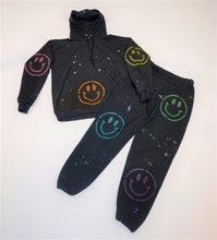 Load image into Gallery viewer, Sweatshirt - Rainbow Smiley Hoodie