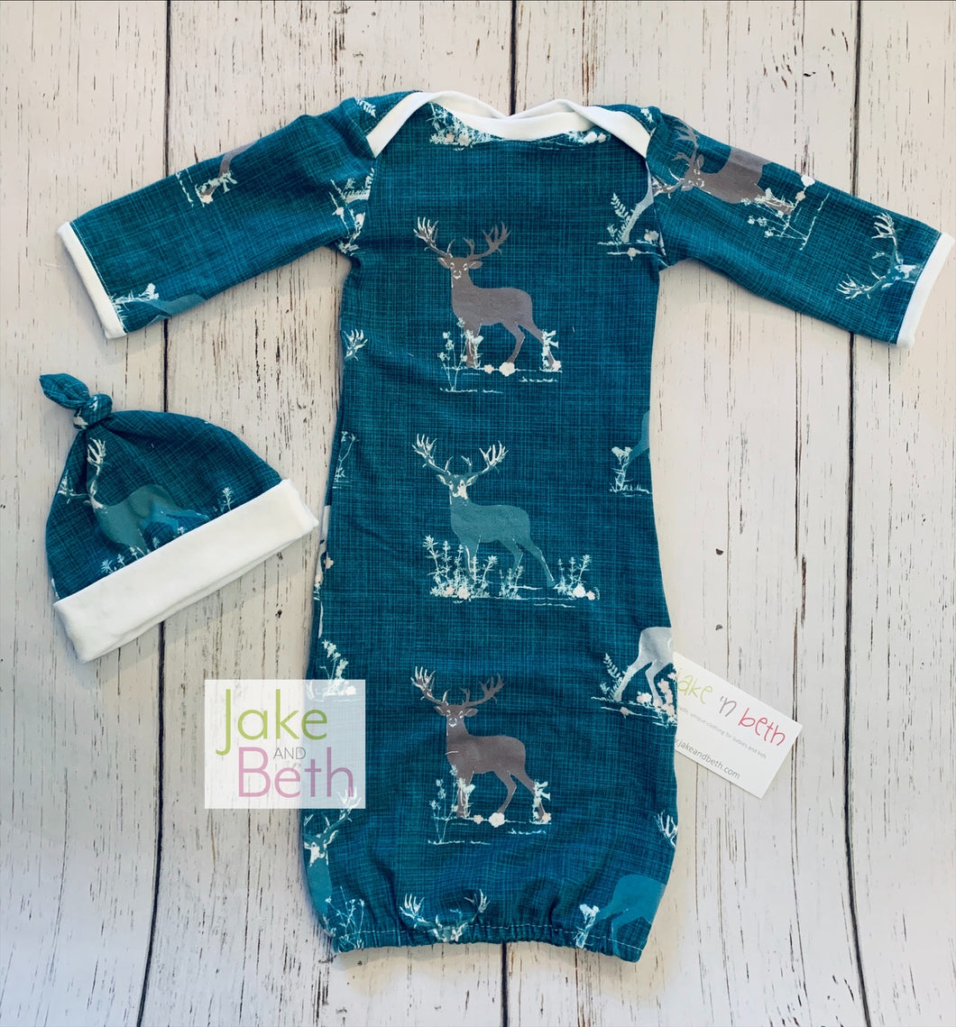 Baby gown, knot hat, and no scratch mittens, newborn set, deer
