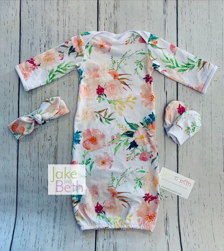 Floral baby gown set, newborn set, going home outfit, baby shower gift