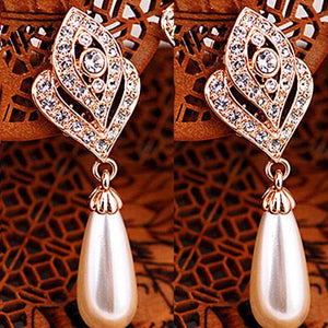 Faux Pearls Rhinestone Drop Earrings