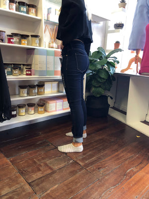 Sexy Curve Mid Rise Jean