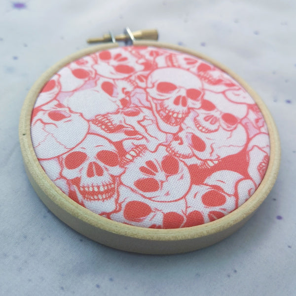 3inch Red Skull Pattern Pin Hoop