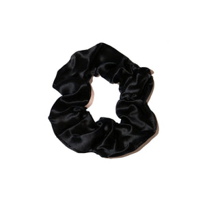 noir-black-silk-scrunchie-white-background