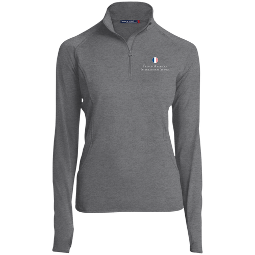 FAIS - Women's Embroidered 1/2 Zip Performance Pullover