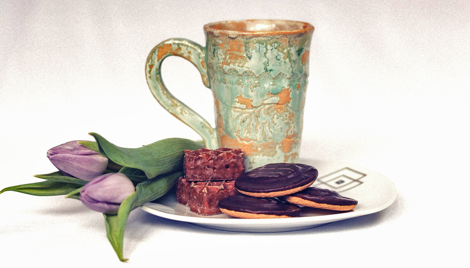 Tea & Chocolate Pairings for V Day!