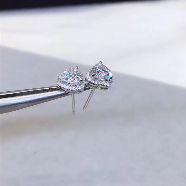 Sadé Cubic Zirconia Heart Earrings