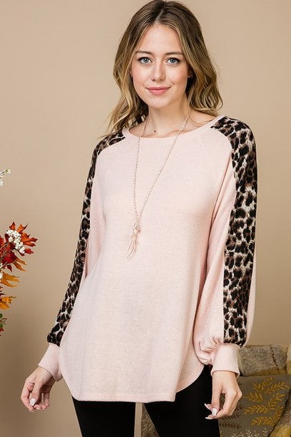 Catch Me Leopard Sleeve Top