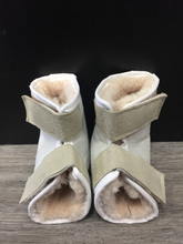 Load image into Gallery viewer, Sheepskin Heel Protectors