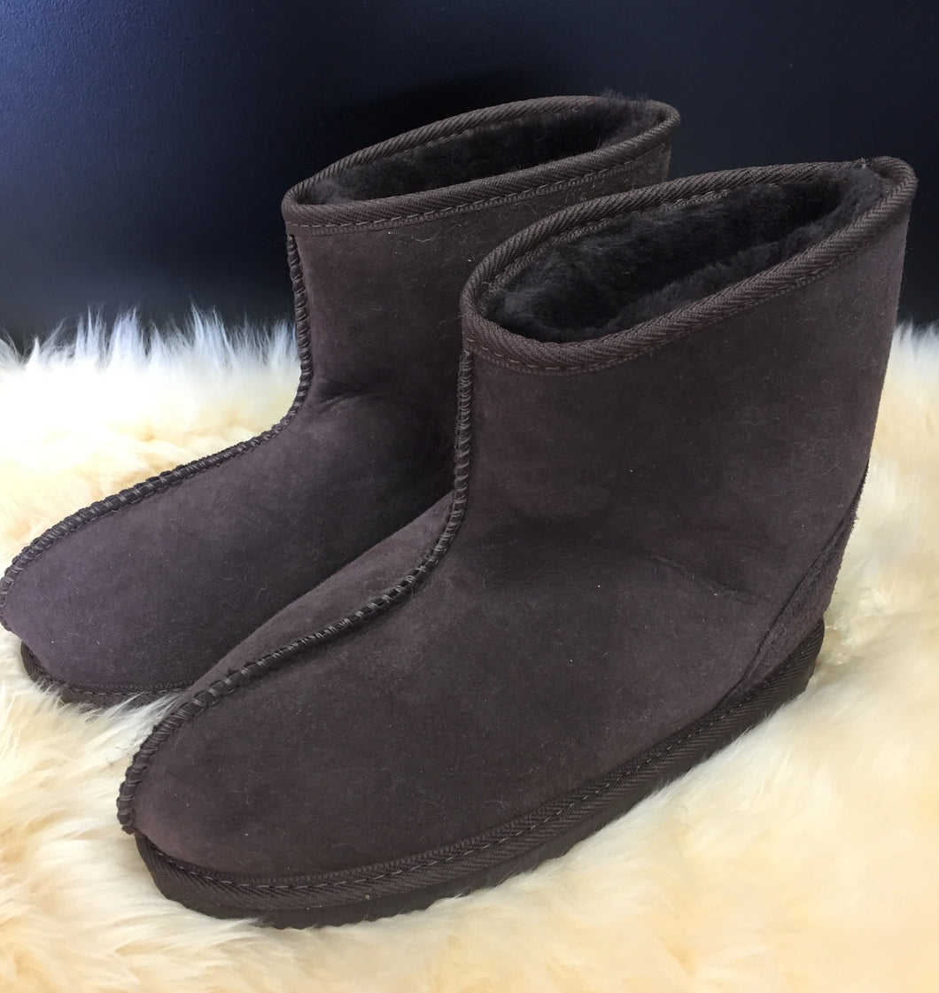 Ladies Short Viking Boots