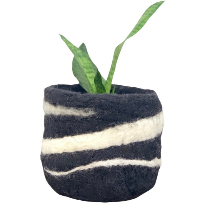 Black & White Felt Pot