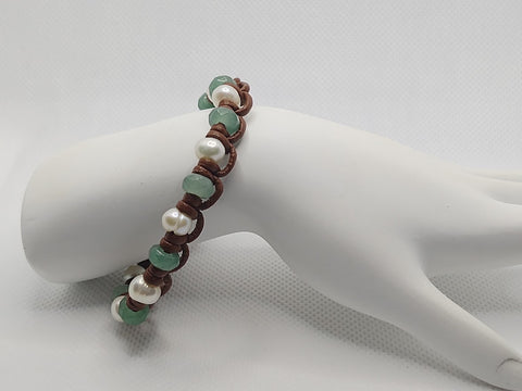 Freshwater Pearls and Green Aventurine Leather Bracelet