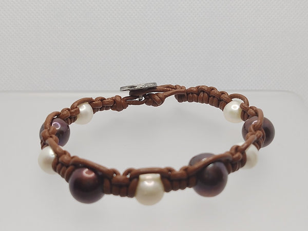 Freshwater and Shell Pearl Leather Bracelet