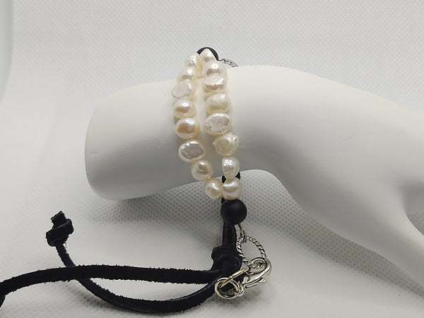 Adjustable Freshwater Pearl/Onyx and Leather Bracelet
