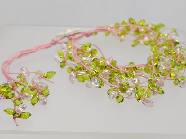 Floral-Look Beaded Bracelet In Pink/Green
