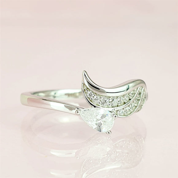 "<img src=""Always_On_My_Mind_Angel_Wing_Ring_4.jpg"" alt=""Angel Jewelry - Always On My Mind Sterling Silver Angel Wing Ring - 4"">"