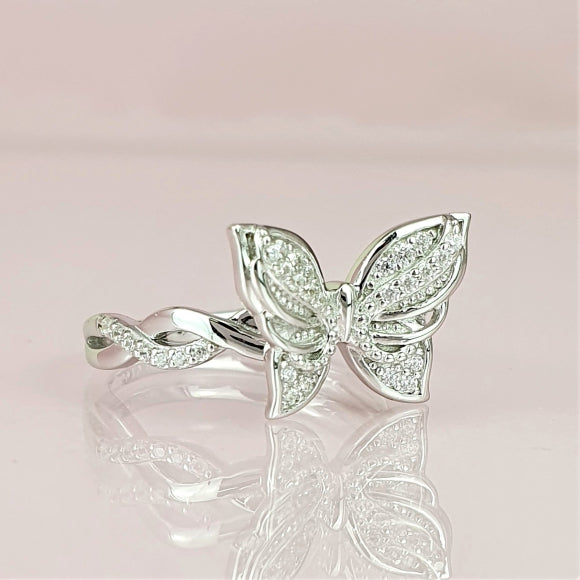 "<img src=""Brand_New_Day_Angel_Wings_Butterfly_Ring_1.jpg"" alt=""Angel Jewelry - Brand New Day Sterling Silver Angel Wings Butterfly Ring - 1"">"