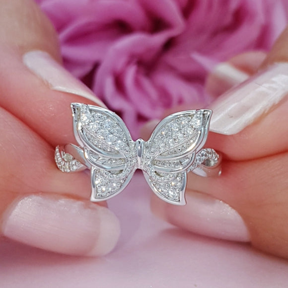 "<img src=""Brand_New_Day_Angel_Wings_Butterfly_Ring_4.jpg"" alt=""Angel Jewelry - Brand New Day Sterling Silver Angel Wings Butterfly Ring - 4"">"