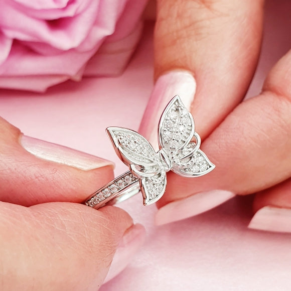 "<img src=""Brand_New_Day_Angel_Wings_Butterfly_Ring_5.jpg"" alt=""Angel Jewelry - Brand New Day Sterling Silver Angel Wings Butterfly Ring - 5"">"