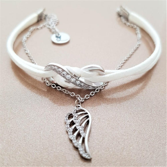 "<img src=""Guardian_Angel_Of_my_Journey_White_3.jpg"" alt=""Angel Jewelry - Guardian Angel Of My Journey - White - 3"">"