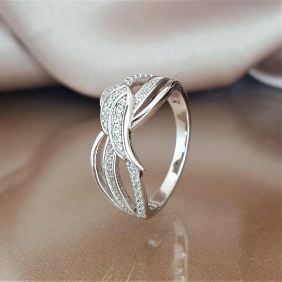 "<img src=""In_the_Presence_of_Angels_Guardian_Ring_1.jpg"" alt=""Angel Jewelry - In the Presence of Angels Sterling Silver Guardian Ring - 1"">"