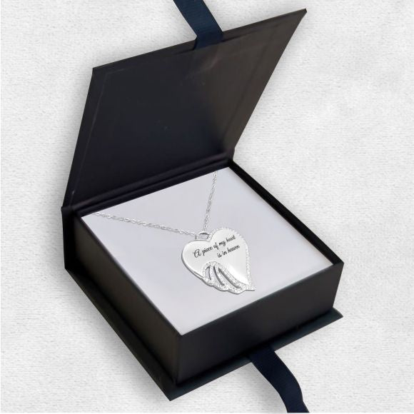 "<img src=""Luxury_Gift_Box_(Rings_&_Necklaces)_6.jpg"" alt=""Angel Jewelry - Luxury Gift Box (Rings & Necklaces) 6"">"