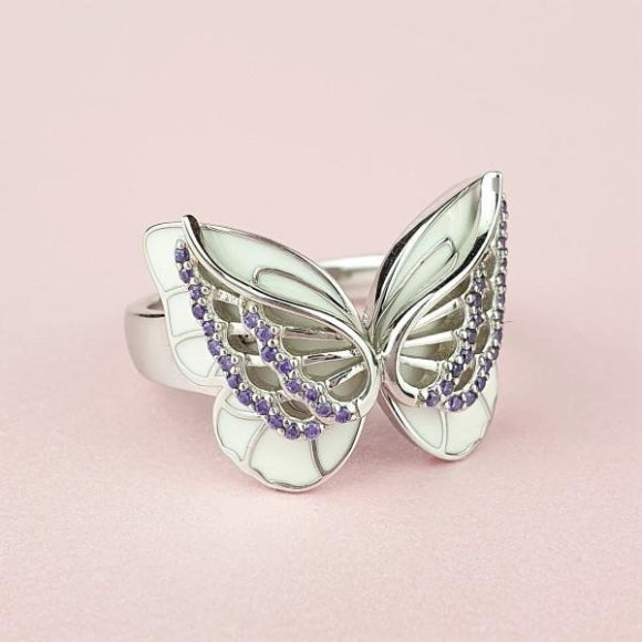 "<img src=""On_The_Wings_Of_Butterflies_Ring_-_Silver_4.jpg"" alt=""Angel Jewelry - On The Wings Of Butterflies Sterling Silver Angel Ring - 4"">"