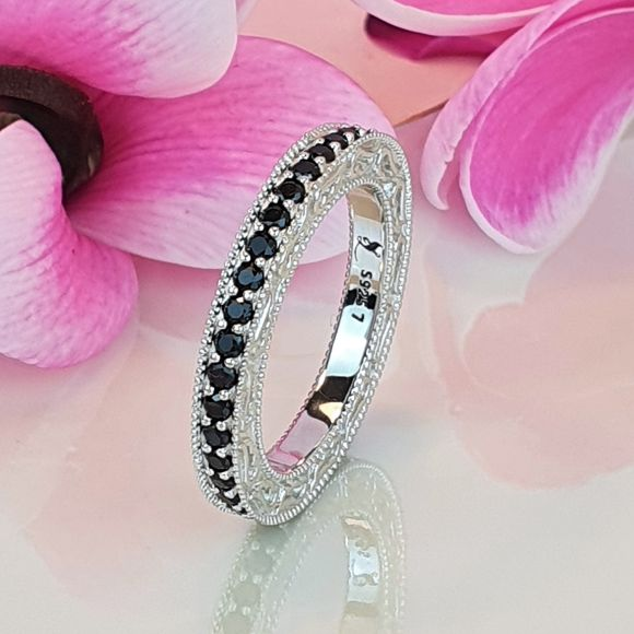 "<img src=""There_Are_No_Goodbyes_For_Us_Angel_Wing_Eternity_Ring_16.jpg"" alt=""Angel Jewelry - There Are No Goodbyes For Us Angel Wing Eternity Ring"">"