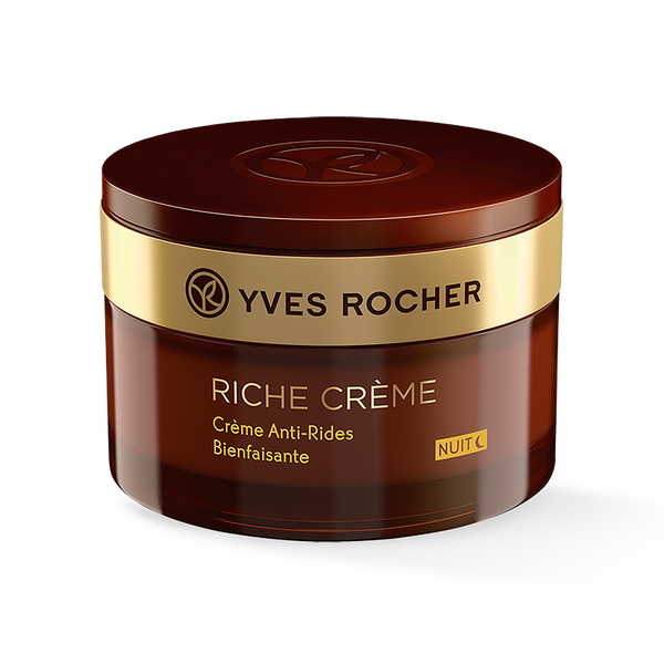 Intensely nourishes and regenerates the skin