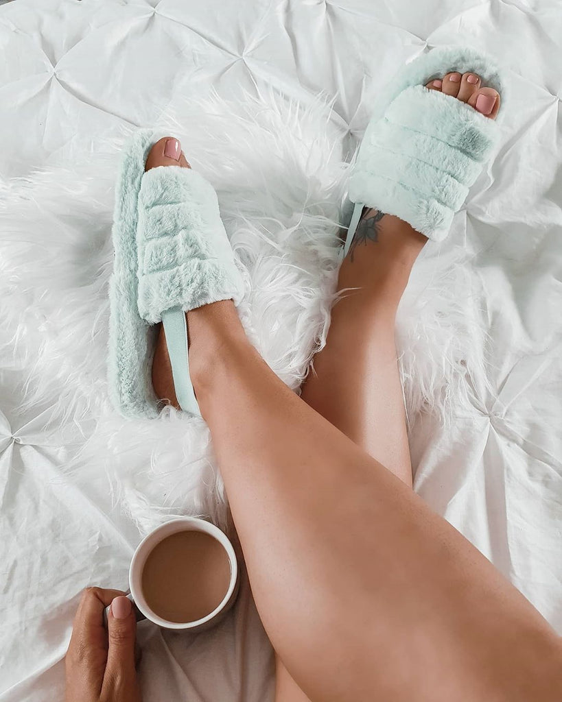 BLOGGER BAES STYLE UP SLIPPERS
