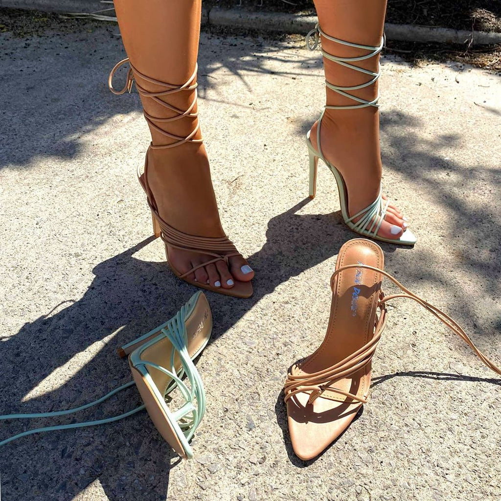 Styling pointed heels