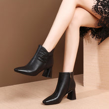 Load image into Gallery viewer, MYCOLEN Woman Chelsea Boots Luxury Designers Black Autumn Winter Ankle Boots Fashion With Genuine Leather Boots Cuissarde Femme