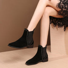 Load image into Gallery viewer, MYCOLEN Chelsea Boots Women Fashion Quality Women Ankle Boots Genuine Leahter Platform Ladies Shoes Bottes Femmes En Cuir