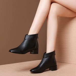 MYCOLEN Genuine Leather Women Ankle Boots Luxury Fashion For Chelsea Boots Round Toe Winter Shoes Woman Bootie Zapatos Mujer
