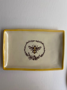 Bee with Wreath Collection