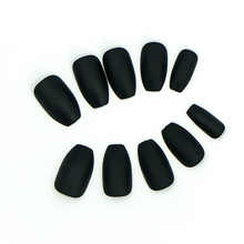 Load image into Gallery viewer, Medium Coffin Matte Black Press On Nail Set - DeadGal