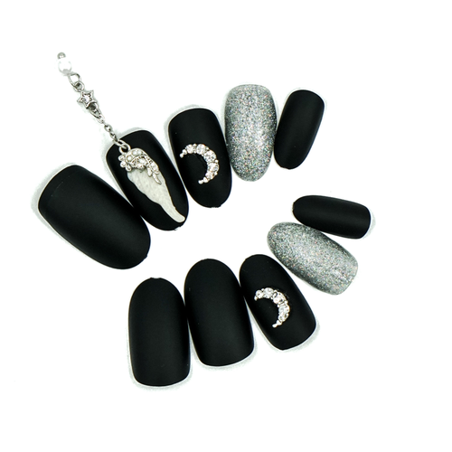 Medium Almond Matte Black Silver Chain Press On Nail Set - DeadGal