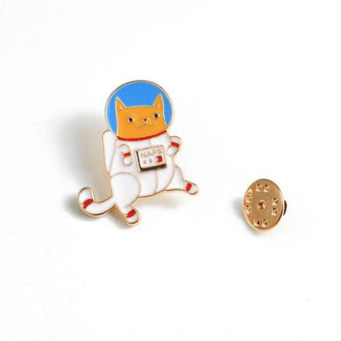 pins chat astronaute