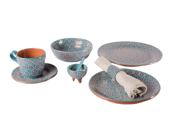 Blue tableware set