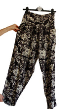Black and White Floral Print Pant