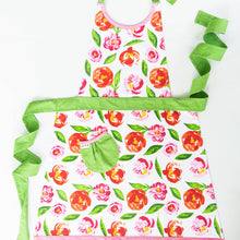 Load image into Gallery viewer, Peony Apron